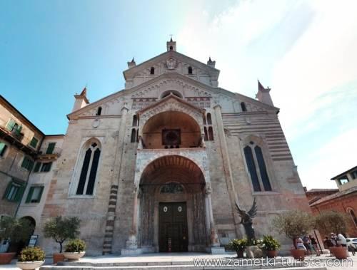 Верона — место паломничества влюбленных со всего мира. Италия.