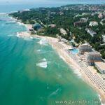 Елините, новое имя в курортах Болгарии.