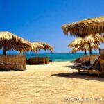 Отдых на пляже – тоже может быть активным. Египет.