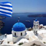 В какое время лучше ехать в Грецию.