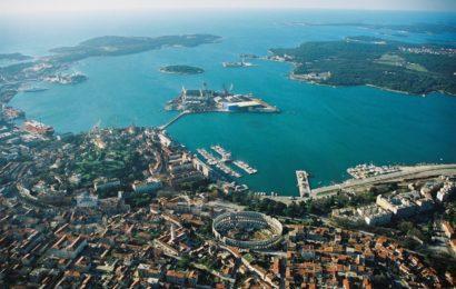 Хорватия, город Пула, Адриатическое море