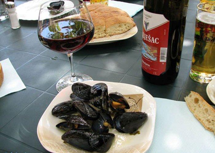 Хорватия, национальная еда,морепродукты, вино, ресторан