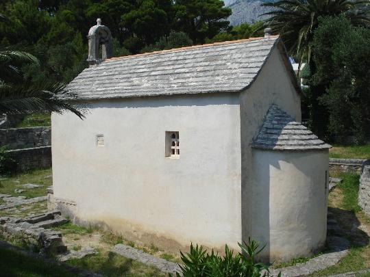 Хорватия, Тучепи, курорт, достопримечательности, церковь Св. Юрая