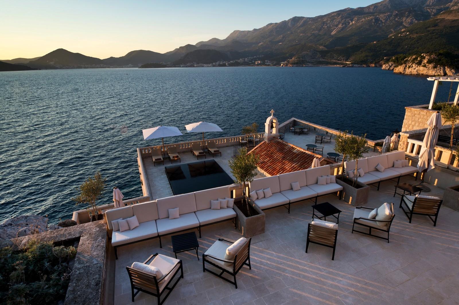 Черногоря, остров Святого Стефана, Адриатическое море, элитный отдых, вид с отеля