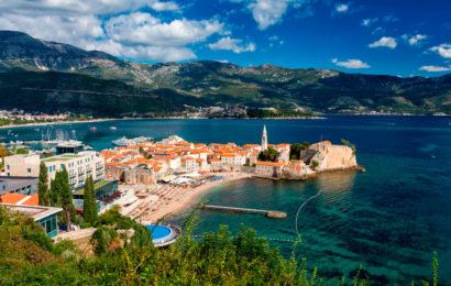Черногория, город Будва, Адриатическое море, курорт