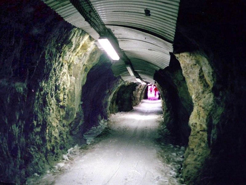Альп-д'Юэз, горнолыжный курорт, Франция, трасса в тунеле