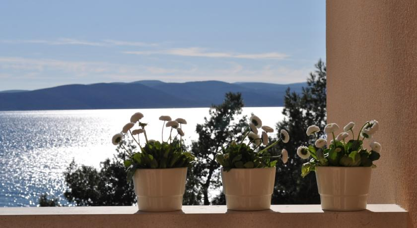 Хорватия, город Башка Вода, курорт, вид из отеля, Адриатическое море
