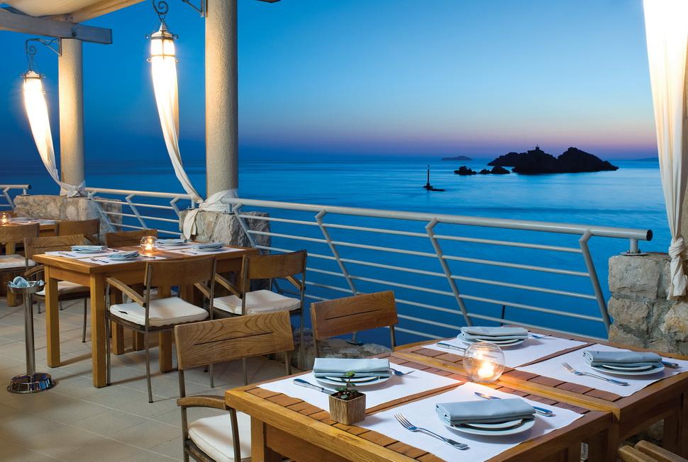 Хорватия, город Дубровник, курорт, Адриатическое море, вид с отеля