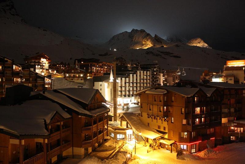 Альп-д'Юэз, горнолыжный курорт, Франция, поселок Альп-д'юэз, отели