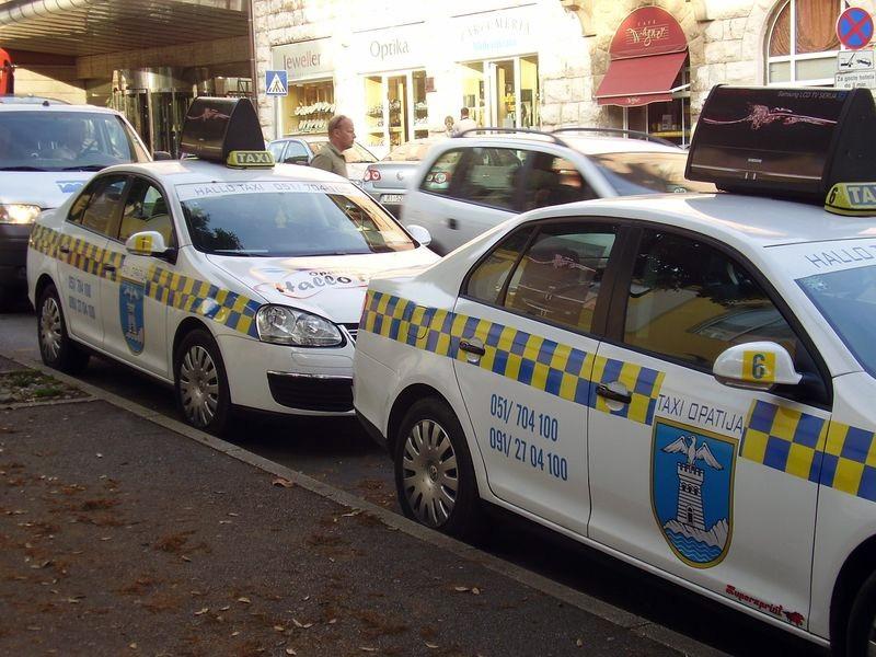 Хорватия, общественный транспорт, такси