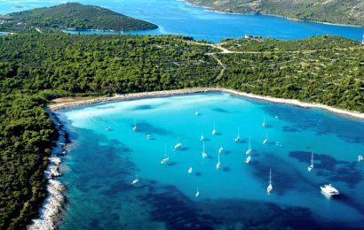 Хорватия, острова, море Адриатическое, пляж