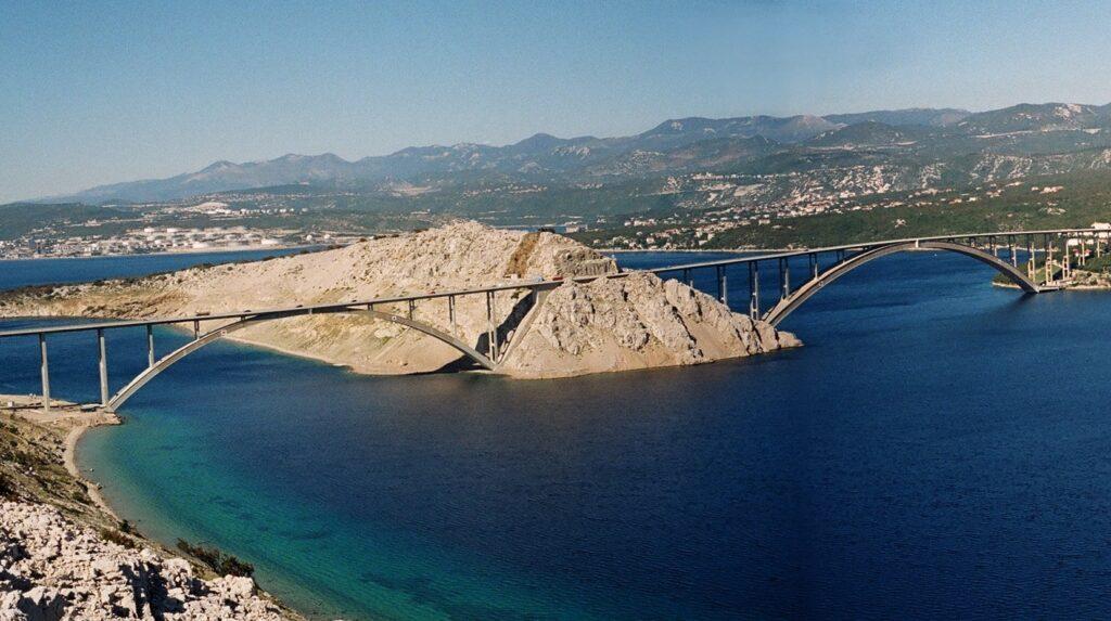 Хорватия, остров Крк, море Адриатическое, мост