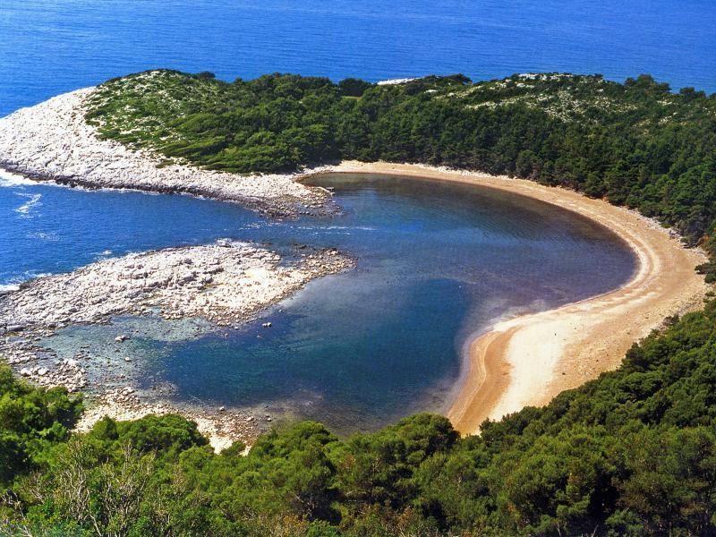 Хорватия, остров Млет, море Адриатическое, пляж