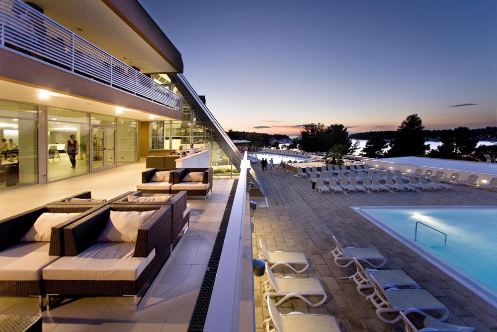 Хорватия, город Пореч,отель, отдых, Адриатическое море