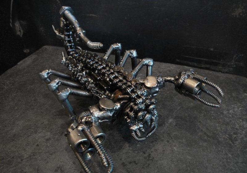 Скульптуры из металолома Тайланд