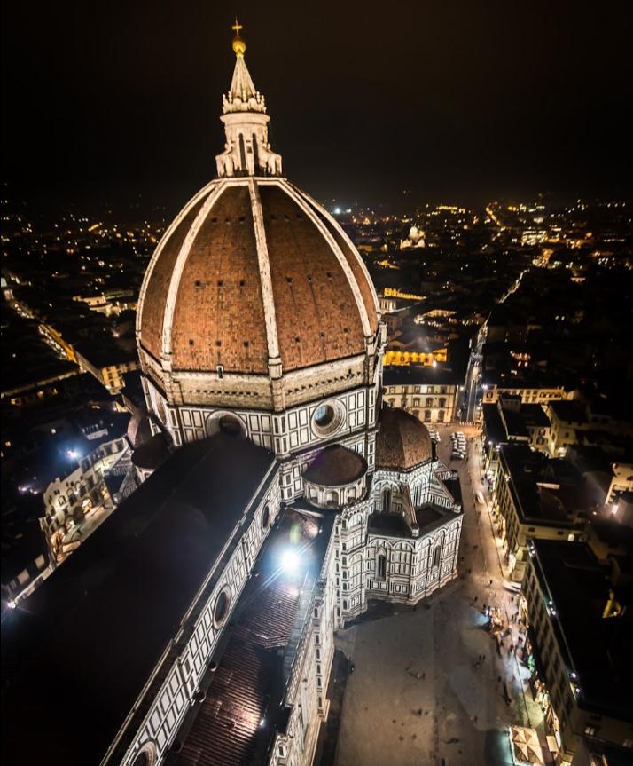 Санта-Мария-дель-Фьоре Флоренция, Италия