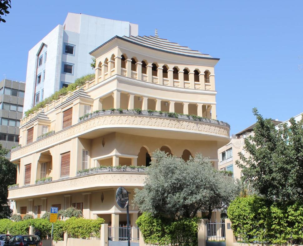 famous Pagoda House in Tel Aviv Дом пагоды