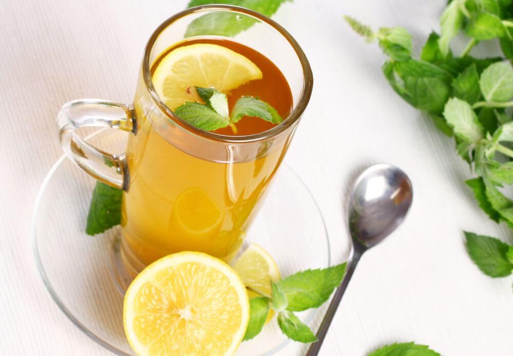 Морская болезнь, кинетоз, лекарство, чай с лимоном и мятой