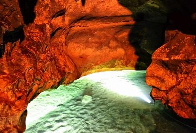 Полуостров Крым. Россия, достопримечательности, отдых в Крыму, красные пещеры, Кизил - Коба