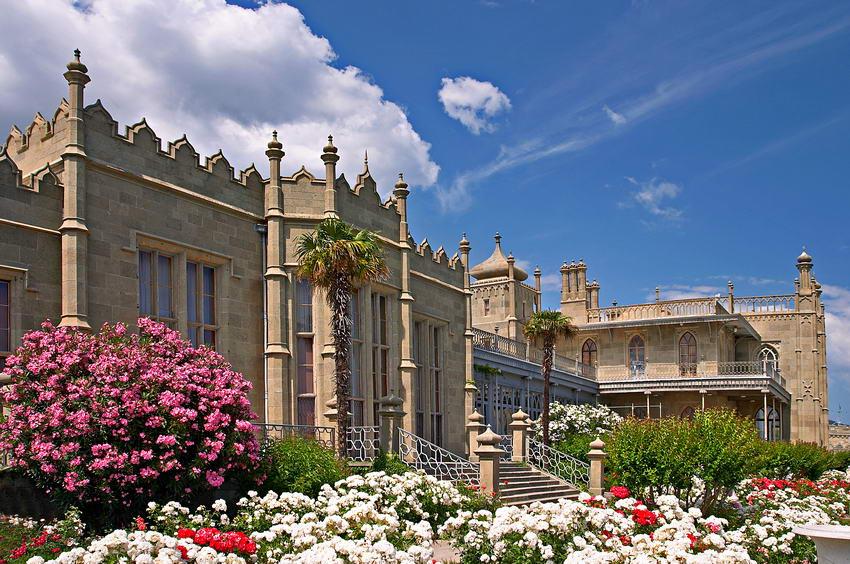 Полуостров Крым, Россия, достопримечательности, Воронцовский дворец в Алуште