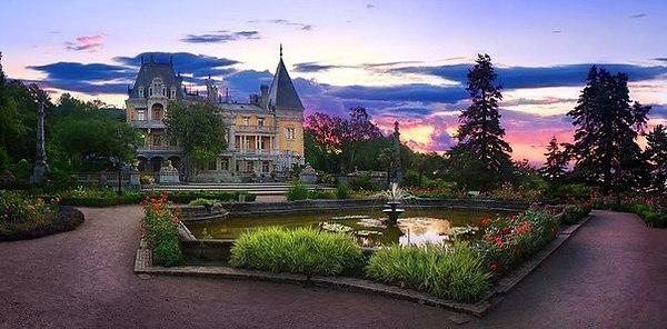 Полуостров Крым, Россия, достопримечательности, Массандровский дворец