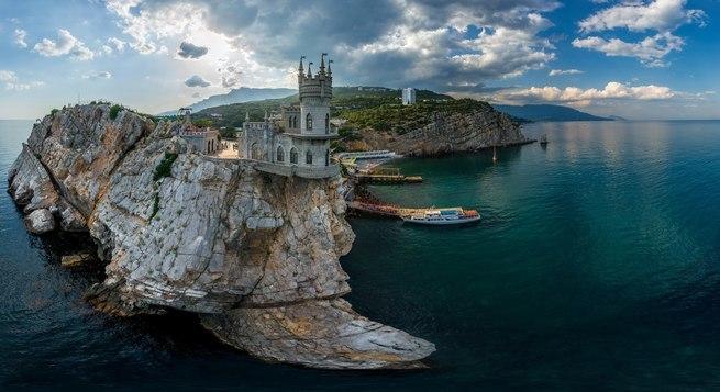 Полуостров Крым, Россия, достопримечательности, Ласточкино гнездо