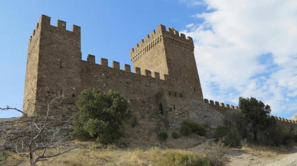 Судак, полуостров Крым, Россия, достопримечательности, отдых в Судаке, Генуэзская крепость, Консульский замок