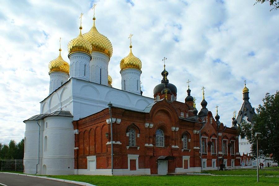 Богоявленско-Анастасьинский монастырь