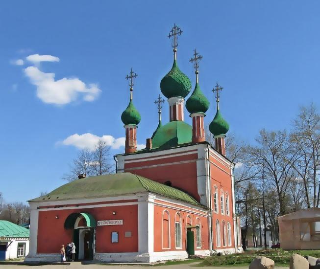 Владимирский собор и церковь Александра Невского