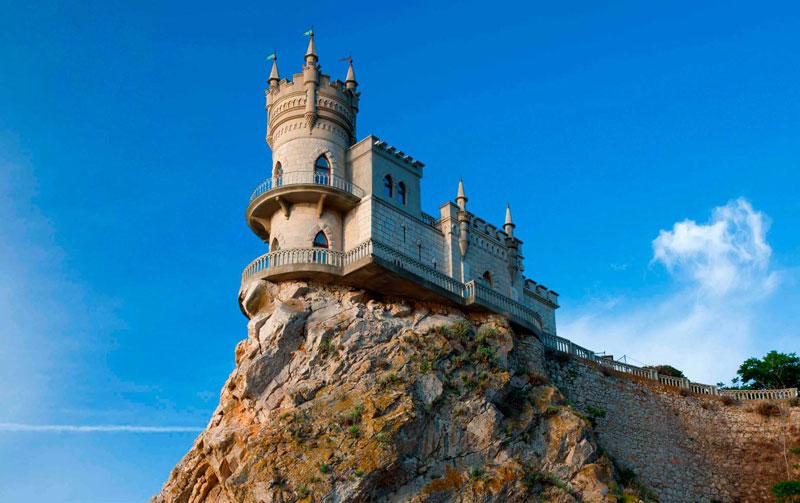 Крым дворец Ласточкино гнездо