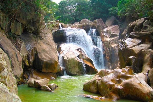 Ба Хо Водопады